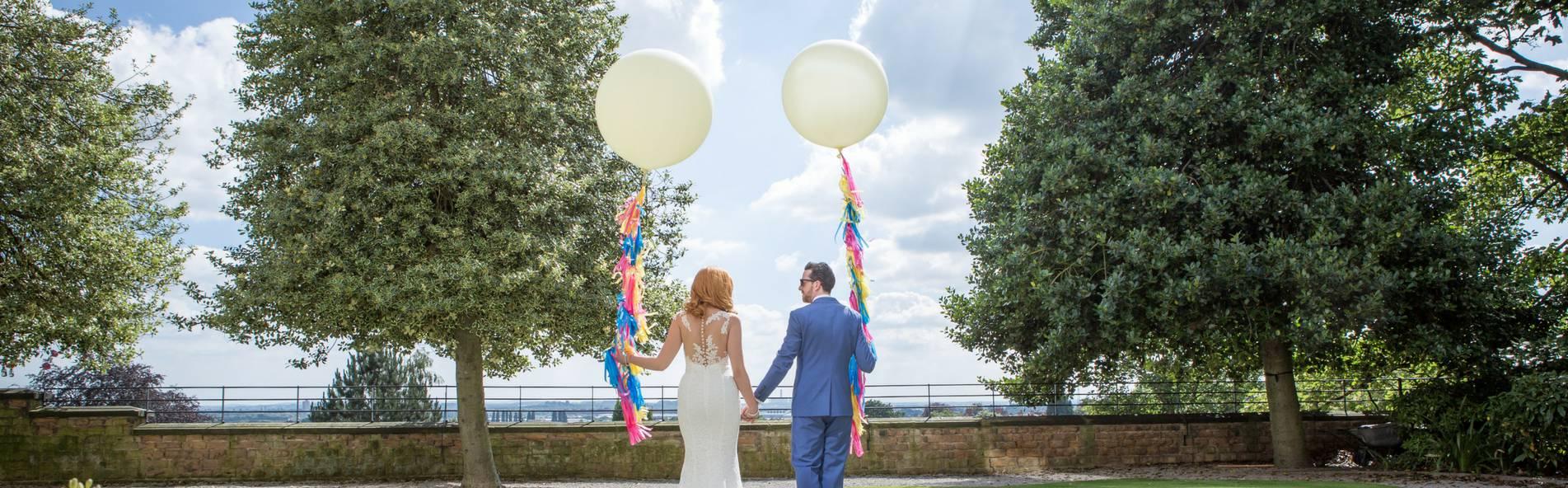 https://unconventionalwedding.co.uk/wp-content/uploads/2018/03/Harts_photoshoot-resized.jpg